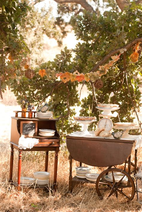 vintage style autumn wedding inspiration rustic wedding chic