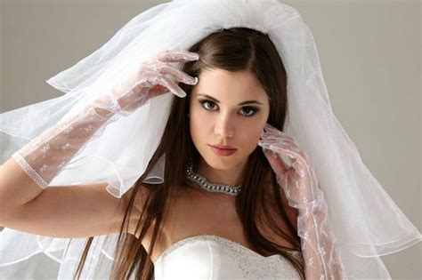 Wedding Hairstyles For Medium Hair With Veil wedding hairstyle for medium hair