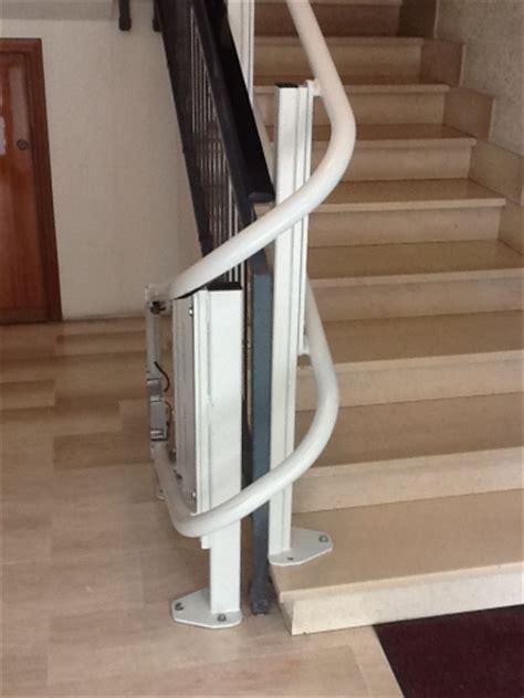 montascale pedana montascale con pedana per scale con curve o cambi di