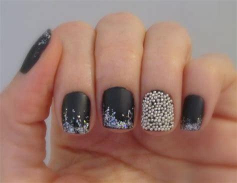 imagenes de uñas negras con blanco u 241 as con caviar decoradas u 241 as decoradas