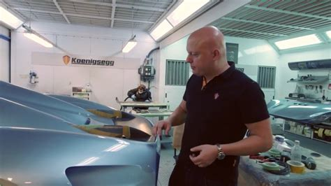 koenigsegg regera inside get a closer look at the koenigsegg regera wing video