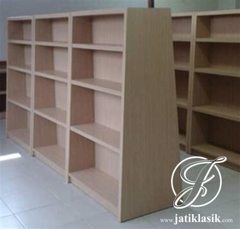 Rak Buku Perpustakaan Minimalis jual rak buku perpustakaan minimalis kayu jati jati klasik
