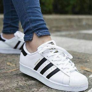 Sepatu Adidas Neo Hitam Putih Sepatu Catcasualsekolah jenis sepatu adidas neo hitam putih sepatu model terbaru wanita