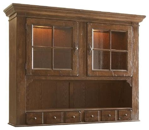 broyhill attic heirlooms china hutch in oak