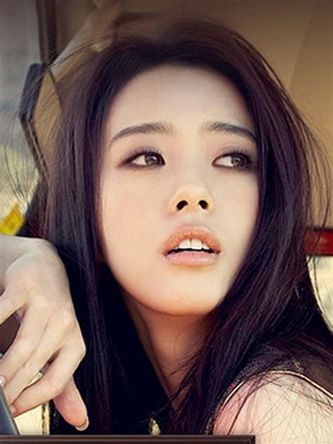 gambar evelyn sharma the fretelin celebrity news gambar artis korea go ara