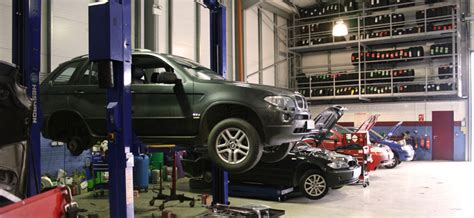 car garage mechanic car mechanic car garage in maidstone find a car garage