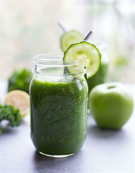 Detox Juice Kale Spinach by 7 Easy To Make Detox Smoothies For A Vibrant Skin