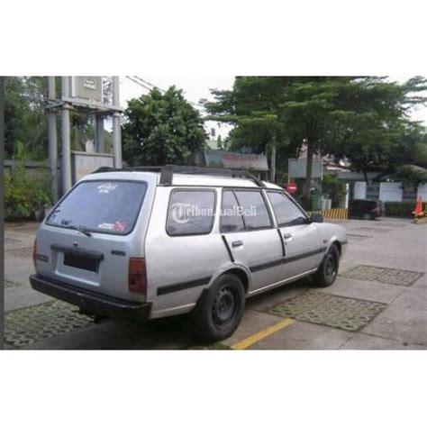 Tv Mobil Murah Jakarta mobil sedan mazda vantrend tahun 1994 second harga murah