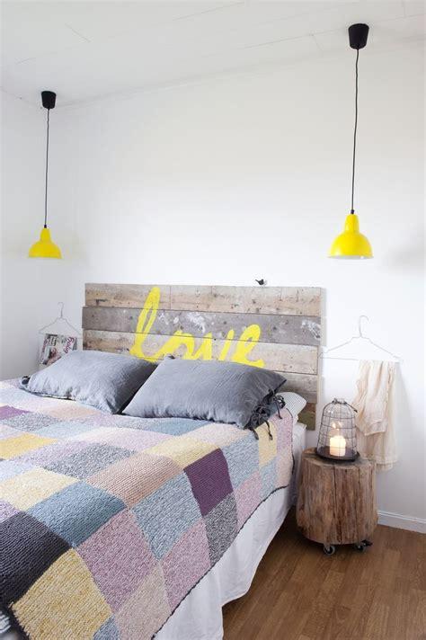 cabeceros de cama de palets  mensaje  love palets