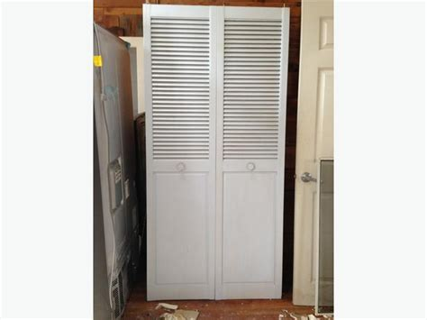plantation bifold closet door saanich