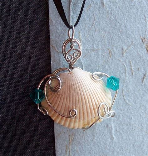 how to make jewelry with seashells sea shells crafts ideas pendant with sea shell from