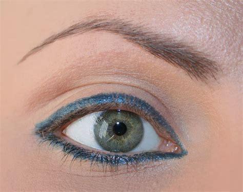 tutorial eyeliner matita tutorial trucco occhi petrolio e argento