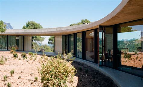 Spain Reminds Designers The Emaciated Look Is Out Cnncom by Office Kgdvs Design A House For Christian Bourdais