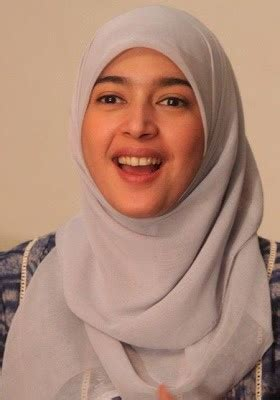 tutorial jilbab nabila syakib biodata dan galeri foto nabila syakieb artis cantik