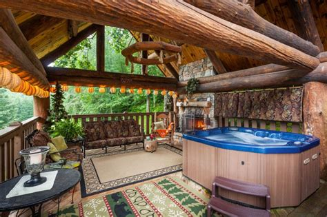Cabin Tennis Outdoor by Yogi S Hideaway Stunning Cabin With Vrbo
