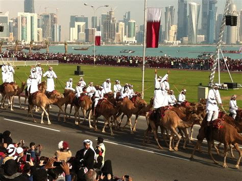 qatar national day file qatar national day parade jpg wikimedia commons
