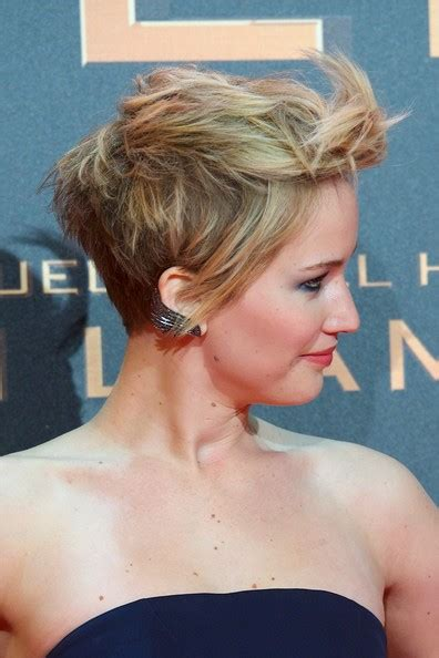 hambre hairstyles more pics of jennifer lawrence messy cut 15 of 31