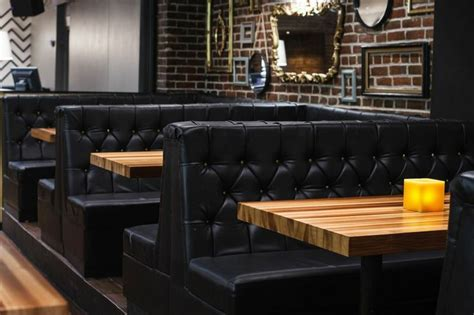 bar banquette seating design interieur lobby bar bar montreal design plateau