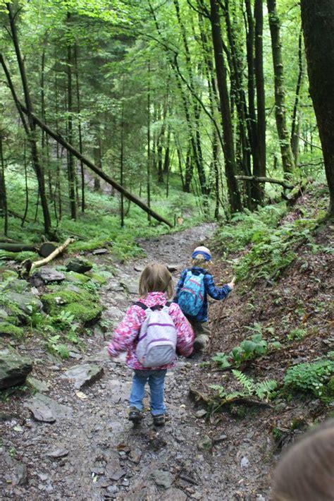wandlen kinder 10 tips om wandelen met kinderen nog leuker te maken