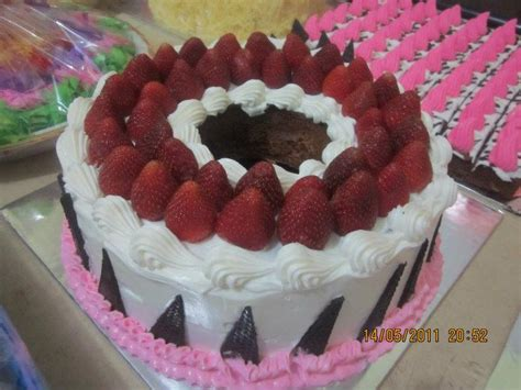 membuat hiasan kue tar cara membuat kue tart coklat resep cara masak