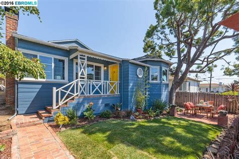 Lincoln Oakland Mba Ranking by 4006 Lincoln Ave Oakland Ca 94602 Mls 40747419 Redfin