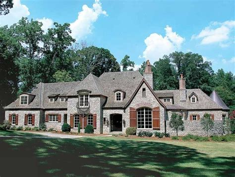 eplans chateau house plan european inspired luxury best 25 6 bedroom house plans ideas on pinterest 6