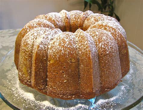 pumpkin cakes delectably mine pumpkin bundt cake