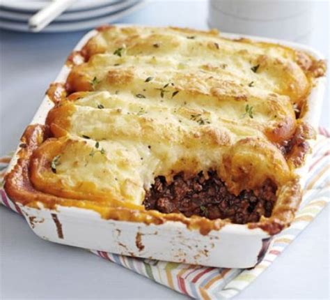 Traditional Cottage Pie Recipe Oliver by Cottage Pie Recipe Food