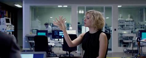 film lucy review indonesia lucy review