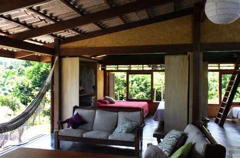 interiores de casas dise 241 o de casa de co peque 241 a de madera construye hogar