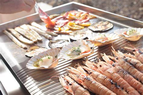cucinare pesce al barbecue piastra per cucinare pla net barbecue