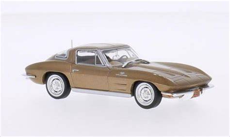 corvette stingray gold chevrolet corvette c2 stingray gold 1963 whitebox diecast