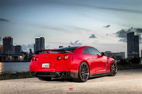 gtr nissan wallpaper nissan gtr wallpaper upcomingcarshq com