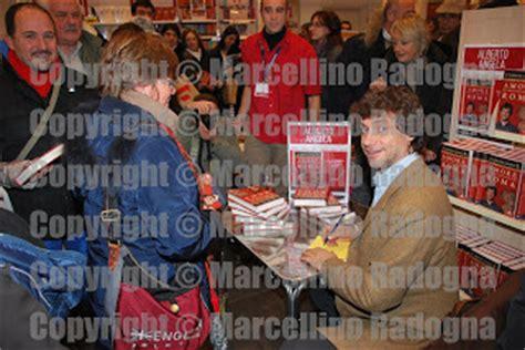 libreria mondadori cola di rienzo marcellino radogna fotonotizie per la sta dicembre 2012
