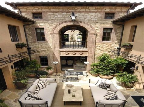 italian style homes  courtyards mediterranean style homes villa style house plans