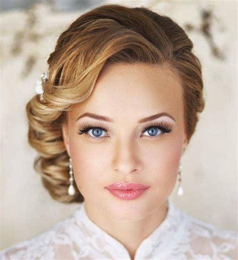 10 Gorgeous Beach Wedding Makeup Ideas ? Beach Wedding Tips