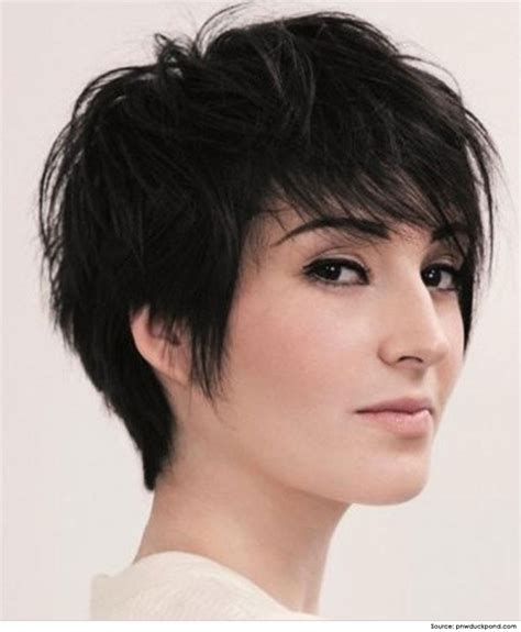 can women with oval faces and thick hair wear really short hair styles best short hairstyles for thick hair
