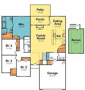 kitchen family room floor plans fabulous 4 bedroom floor plan with open family room