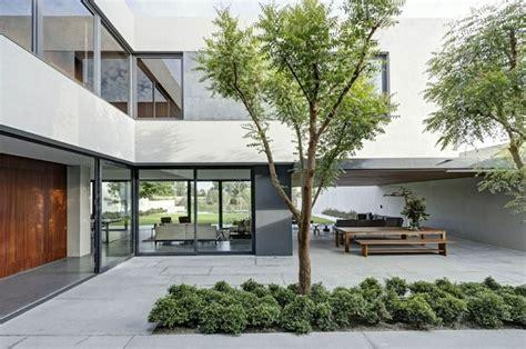 Atrium Floor Plans by Patio Interior Cincuenta Ideas Modernas Para Decorarlo
