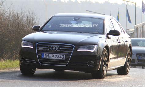 2011 Audi S8 by Audi S8 2011