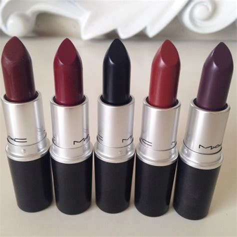 Warna Lipstik Untuk Bibir Gelap pilihan warna lipstik untuk bibir tebal cambon