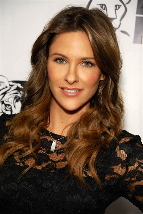 Size Of A 3 Car Garage by Jill Wagner Wikipedia