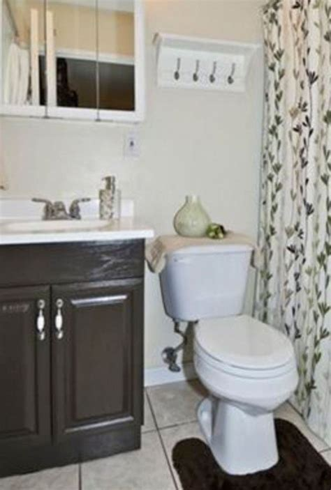 Small Bathroom Makeovers Before And After 8 Mind Blowing Small Bathroom Makeovers Before And After