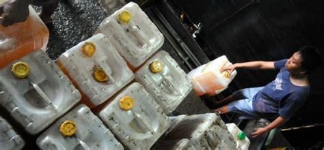 Minyak Goreng Di Tiptop target penghapusan minyak goreng curah republika