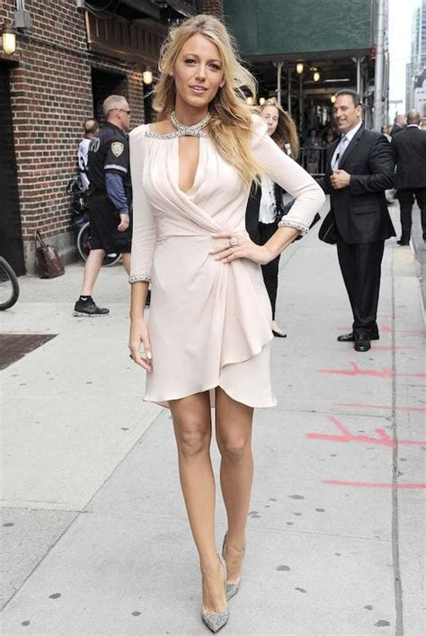 blake lively looks 2015 relembre looks marcantes de blake lively
