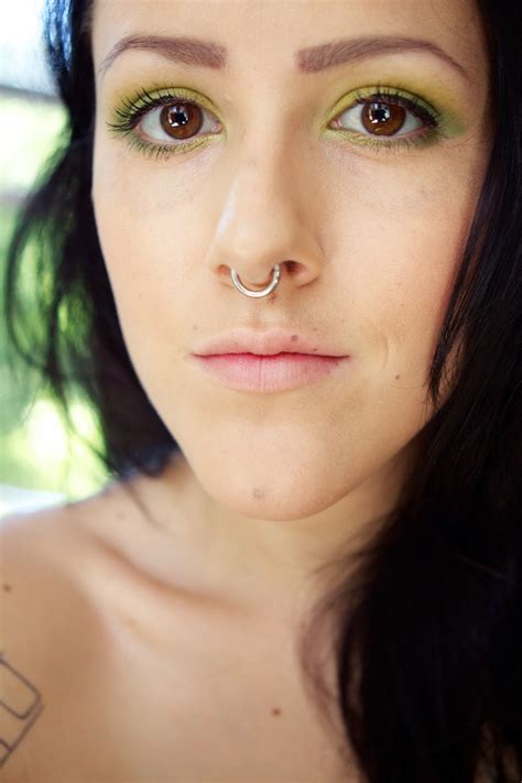 90 septum piercing designs to get in line with celebrities