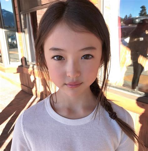 A N Ela 最強顏值9歲小名模ella gross 擁有上天恩賜的混血仙氣美貌 在時裝界炙手可熱 girlsmood 女生感覺