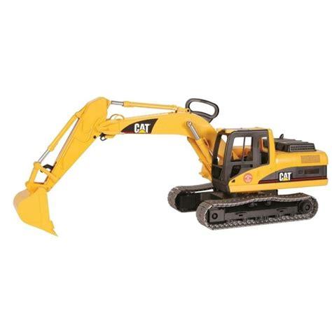 bruder excavator bruder caterpillar excavator 1 16