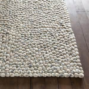 Stones wool ball rug in light gray by chandra rugs
