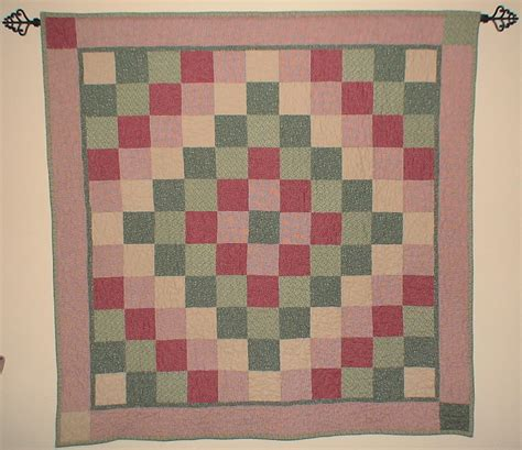 Trip Around The World Baby Quilt backstitch baby quilt in a weekend a pieced beginners quot quarter trip quot